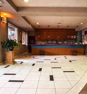 創業以来300年間、数多くのお客様を迎え入れた「旅館ふくぜん」のエントランス